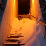Een van de trappen naar de parkeergarage.